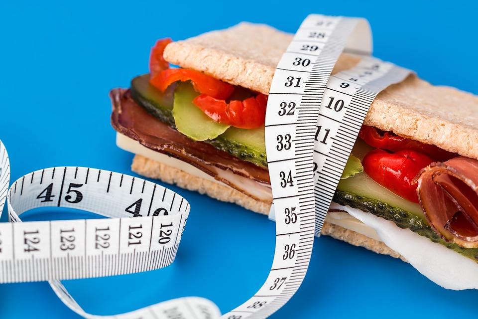 Nízký kalorický příjem