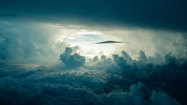 tmavé mraky
