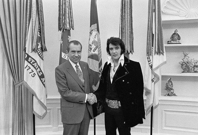 Richard Nixon, na obrázku s Elvisem
